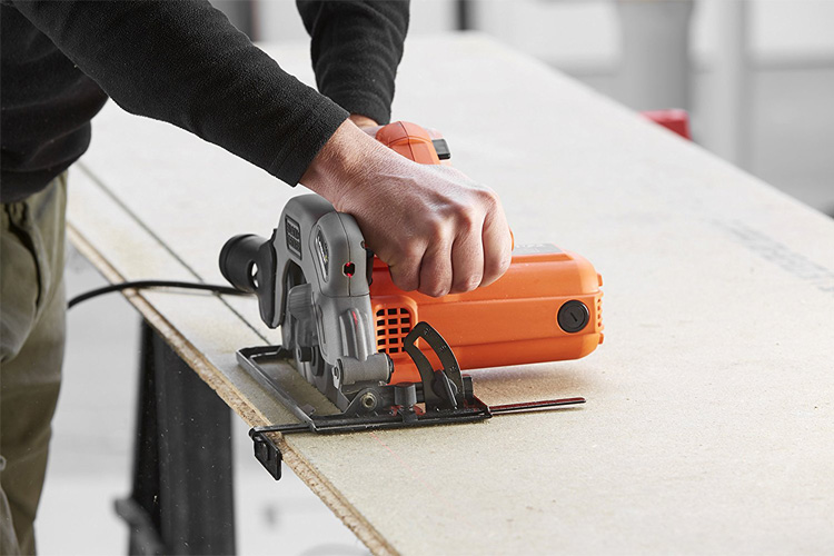Black & Decker CS1250L-QS test